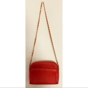 Vintage 80's Faux Leather Red Gold Chain Bag